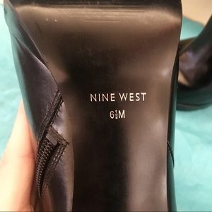 Shoes - Nine West Pointed Toe Booties - Black